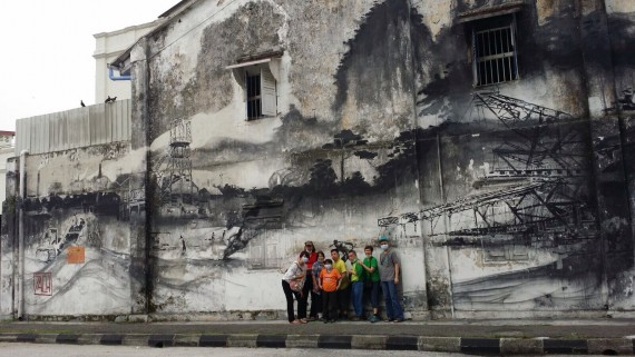 Painting Ipoh town red